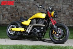 Conquest Customs built up a 2005 Victory Hammer referred to as SuperBee for the tour. Victory Motorcycles, Custom Motorcycles, Victory Hammer, Victory Vegas, Chopper Bike, Hot Bikes, Victorious, The Past, Bobbers