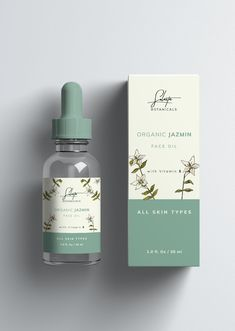 Organic jazmin face oil packaging from the brand Solasta Skincare Packaging, Cosmetic Packaging, Beauty Packaging, Cosmetic Labels, Cosmetic Bottles, Beauty Products Labels, Serum, Cosmetic Design, Face Oil