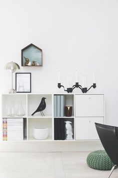 "Eames House Bird and Architectmade"" New Living Room, Home And Living, Living Room Decor, Small Apartment Living, Small Space Living, Montana Furniture, Home Furniture, Blue And White Living Room, Home And Deco"