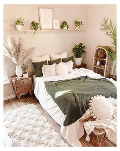 White Bedroom Decor, Room Ideas Bedroom, Home Bedroom, Master Bedroom, Bedroom Inspo, Bedroom Green, Earthy Bedroom, Bedroom Designs, Natural Bedroom