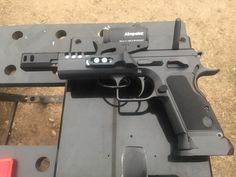 At the recent European IPSC Hangdun Championship in Hungary, Italian Tanfoglio had a booth to support its customers (thanks very much for the spare extractor, my gun ran without problems the last 2 days). They also showed some improvements and news, like the Tanfoglio Domina in .38 Super for IPSC Open (and similar divisions) as …   Read More …