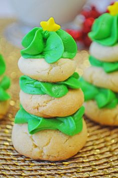 Stacked Sugar Cookie Christmas Tree Recipe - adorable sugar cookie trees for the holidays! Christmas Tree Food, Christmas Tree Cookies, Christmas Cookie Exchange, Christmas Breakfast, Christmas Cooking, Holiday Cookies, Christmas Desserts, Holiday Treats, Holiday Recipes