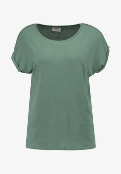Vero Moda VMAVA PLAIN - Basic T-shirt - laurel wreath for with free delivery at Zalando Laurel Wreath, Models, Verona, My Wardrobe, T Shirts, Vest, Womens Fashion, Tops, Dark