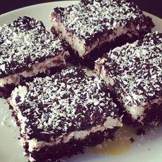 Brownies, Sweet Cakes, Love Food, Cravings, Clean Eating, Food And Drink, Low Carb, Sugar, Snacks