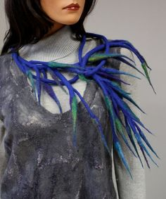 Regina Doseth - felted necklace 'magic symphony'