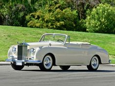 World Of Classic Cars: Rolls-Royce Silver Cloud I Drophead Coupe by James...
