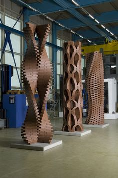 The programmed column by students of ETH Zürich built in 2010 in a 4 week workshop.
