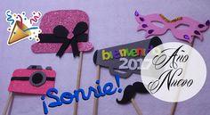 Kit de adornos para selfie de Año Nuevo Selfies, Fiesta Party, Kit, Minnie Mouse, Disney Characters, Youtube, World, Crafts To Make, Fiestas
