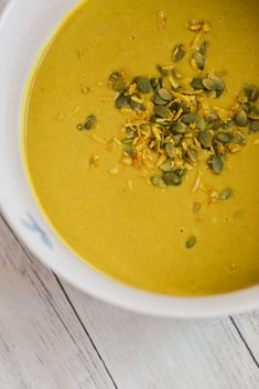 Quick Curried Butternut Squash Soup Curried Butternut Squash Soup, Curry Recipes, Thanksgiving Recipes, Pumpkin Spice, Paleo, Keto, Spicy, Nutrition, Favorite Recipes