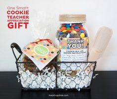 """A Teacher Appreciation Gift idea for """"One Smart Cookie."""" Includes free printable gift tags and labels for Cookie gifts. Best Teacher Gifts, Teacher Appreciation Gifts, Teacher Stuff, Craft Gifts, Diy Gifts, Food Gifts, Holiday Gift Guide, Holiday Gifts, One Smart Cookie"""