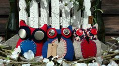 A set of three primitive Patriotic Hoot Owls for Summer displays. Handmade wool prims to decorate your nest. Each has vintage buttons for eyes and measures 4 x Primitive Pillows, Bowl Fillers, July 4th, Memorial Day, Owls, Unique Jewelry, Handmade Gifts, Usa, Create