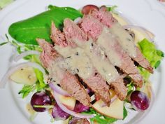 Steak Salad Recipe (with Roasted Garlic Peppercorn Sauce)