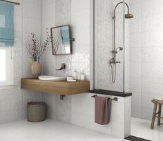 Que tal usar a criatividade combinando 2 revestimentos diferentes no seu banheiro? Repagine-o com nossos produtos! #reforma #incefra #banheiro #bathroom #pisoceramico #revestimento #piso #decor #decoracao #interiores #inspiracao