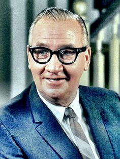 Edward Andrews  was an American actor, one of the most recognizable character actors on television and films between the 1950s and the 1980s. (The Gremlins, Sixteen Candles, Send Me No Flowers)  1914-85