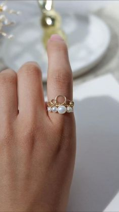 Diy Wire Jewelry Rings, Diy Jewelry To Sell, Wire Jewelry Designs, Handmade Wire Jewelry, Diy Crafts Jewelry, Ring Crafts, Handmade Rings, Diy Jewelry Making, Wire Wrapped Jewelry