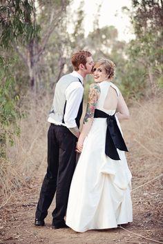 Halloween wedding (photo by April Smith)