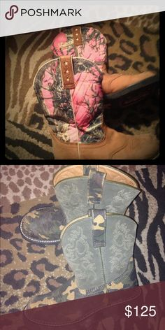 worn only few times Ariat women's Nice condition Ariat Shoes Heeled Boots