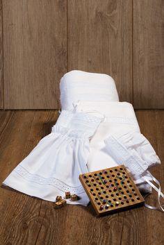 Classic beauty Christening lathopana - oil set with kippur lace Classic Beauty, Christening, Baby 2014, Shabby Chic, Polka Dots, White Dress, Elegant, Lace, Oil