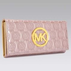 Welcome to our fashion Michael Kors outlet online store, we provide the latest styles Michael Kors handhags and fashion design Michael Kors purses for you. High quality Michael Kors handbags will make you amazed.