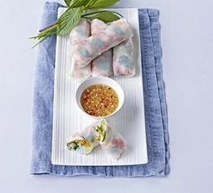 Summer rolls - Fresh-tasting rice paper rolls packed with shellfish, light vermicelli noodles, carrots, cucumber and herbs, with a sweet ginger chilli dipping sauce Dip, Shrimp Rolls, Rice Paper Rolls, Vermicelli Noodles, Thai Cooking, Summer Rolls, Bbc Good Food Recipes, Cooking Recipes, Fodmap Recipes