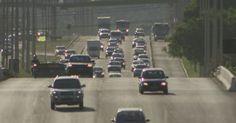 Justiça libera aplicação de multas por farol desligado em rodovia sinalizada