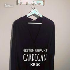 Se hva jeg selger på Tise Adidas Jacket, Vintage Fashion, Jackets, Down Jackets, Fashion Vintage, Jacket, Cropped Jackets