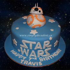 Star Wars Birthday Cake with 3D Fondant BB8 Robot Droid.