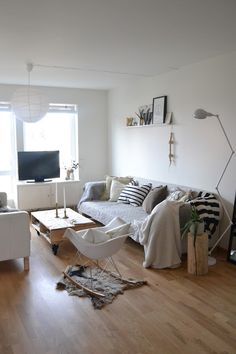 (Looks kid friendly) Silje's blog: A living room - constantly changing