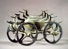 Bronzezeit Nordeuropa : Kesselwagen mit Vogelmotiven