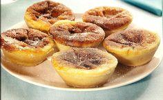 Portuguese Desserts, Portuguese Recipes, Portuguese Food, My Favorite Food, Favorite Recipes, Biscuits, Muffins, Small Desserts, Dessert Cups