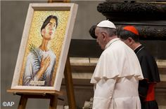 Pape François - Pope Francis - Papa Francesco - Papa Francisco - Pope Francis, joined by the Archbishop of Manila, Cardinal Luis Antonio Tagle, in front of the mosaic dedicated to Filipino St. Pedro Calungsod which is by the tomb of Pope Paul VI in the Vatican crypt!