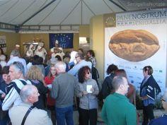 Stand espositivi e dimostrativi dell' antica arte del Pane.......A Senigallia. Marche. Italy .