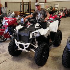 Thanks to Calvin Thompson from Liberty MS for getting a 2015 Polaris Scrambler 1000 at Hattiesburg Cycles