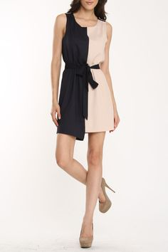 Minu Dress - - -  too bad half of me would be completely washed out!
