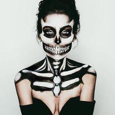 Incredible skeleton by @jillmariemua!  #Halloween