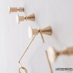 Seria geometrycznych haczyków z litego mosiądzu - do wyboru aż 4 wzory Bobby Pins, Hair Accessories, Retro, Hangers, Clothes Hanger, Clothes Hangers, Hairpin, Hair Accessory, The Hunger
