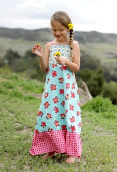 maxi dress from sew sweet patterns @Michelle Drake Vrolyks and @Andrea Snyder wouldn't this be fun to make for our girls