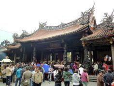 Entrance gate to Taipei Longshan Temple #Taipei #Taiwan #Travel