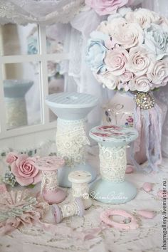 Shabby chic you could make yourself .