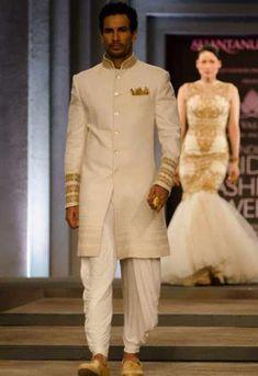 Indian Wedding Dresses By Shantanu And Nikhil At Indian Bridal Fashion Week 2013 006 - Globalemag Groom Wedding Dress, Wedding Suits, Wedding Attire, Trendy Wedding, Summer Wedding, Wedding Kurta For Men, Wedding Vows, Farm Wedding, Wedding Couples