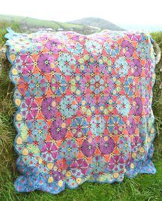 Amanda's Crochet Blanket Adventures : Blanket report - July 2015