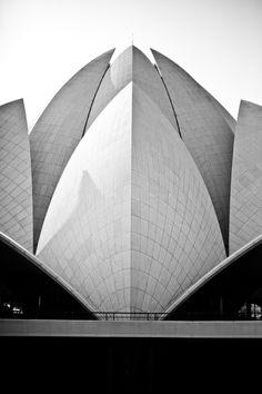 Lotus Temple via fotopedia
