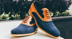 Which to choose? Read our advice on when to wear leather, when to wear suede. and when to wear both. Black Brogues, Navy Chinos, Tweed Suits, Suede Leather Shoes, Derby Shoes, Leather Dresses, Blue Suede, Shoe Sale, Calves