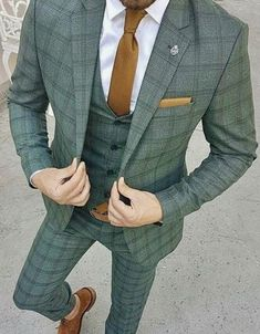 Long Island Custom Suits Long Island Custom Shirts Long Island Wedding Suits is part of Custom suit - Blazer Outfits Men, Men Blazer, Casual Outfits, Suit Combinations, Mode Costume, Designer Suits For Men, Herren Outfit, Mens Style Guide, Mens Fashion Suits