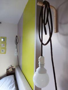 Bulles de cerises: Lampe + tricotin = baladeuse (et amour éternel)
