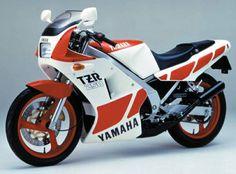 YAMAHA TZR250 (1986)
