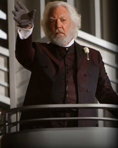 Day 11:My favorite villain is President Snow.He such a wicked man and ingenious in the way he makes Katniss prove her love for Peeta so he can hijack him and use him against her.The combination of roses and blood to describe his scent is chilling.White roses are definately less desirable.