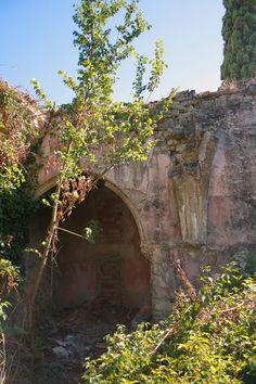 TRIBUNA  DEL  BERGUEDÀ: La dissort esfereïdora de l'església de  la Marede...