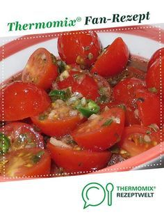 Italian-style tomato salad from Yedabah. A Thermomix ® recipe from the starters / salads category at www.de, the Thermomix ® community. Italian-style tomato salad EDITH WEBER Thermomix Italian-style tomato salad from Yedaba Seafood Appetizers, Appetizer Salads, Healthy Appetizers, Seafood Recipes, Appetizer Recipes, Salad Recipes, Healthy Snacks, Snack Recipes, Healthy Recipes