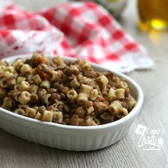 PASTA E LENTICCHIE  Un primo piatto semplice e saporito di pasta e lenticchie, perfetto e ideale per tutta la famiglia !
